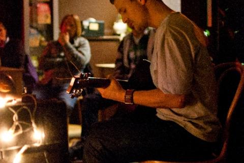 Dominic Venditozzi. Newportsound, Newport. Sat 23rd Jan 2011.